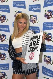 Pixie Lott Performs at Big Gig 2014 at the Echo Arena in Liverpool - May 2014
