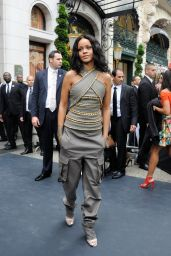 Rihanna at Sephora In Paris - Attending Launch of Her Perfum Rogue