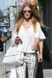 Rosie Huntington-Whiteley - Out Shopping in West Hollywood - June 2014