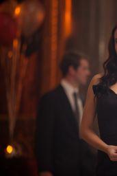 Sarah Hyland & Zoey Deutch - Vampire Academy Movie Photos