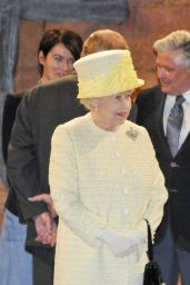 Sophie Turner - Queen Elizabeth II Visits the