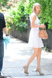 Taylor Swift Leggy - Out in New York City - June 2014