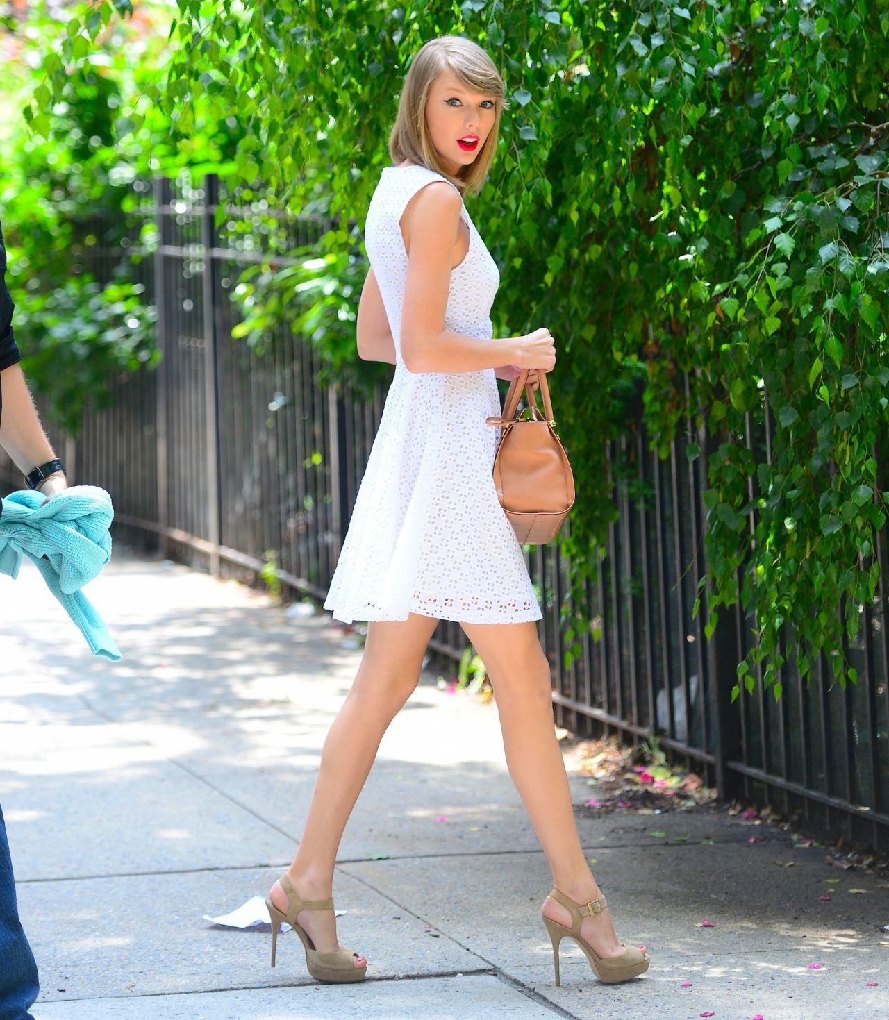 Taylor Swift Leggy Out In New York City June 2014