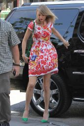 Taylor Swift Street Style - Out & About in New York City - June 2014