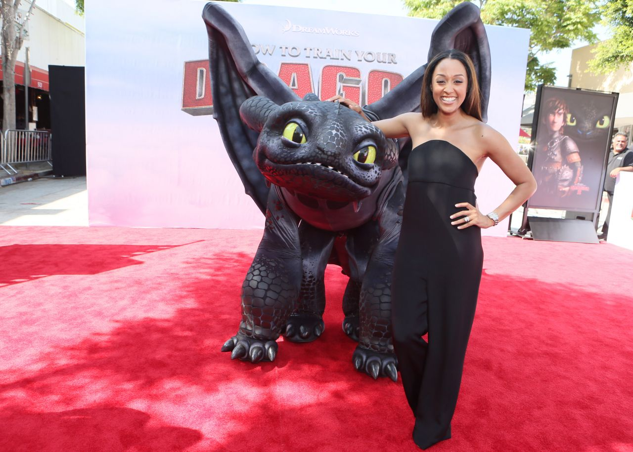 Tia Mowry at 'How To Train Your Dragon 2′ Premiere in Los Angeles