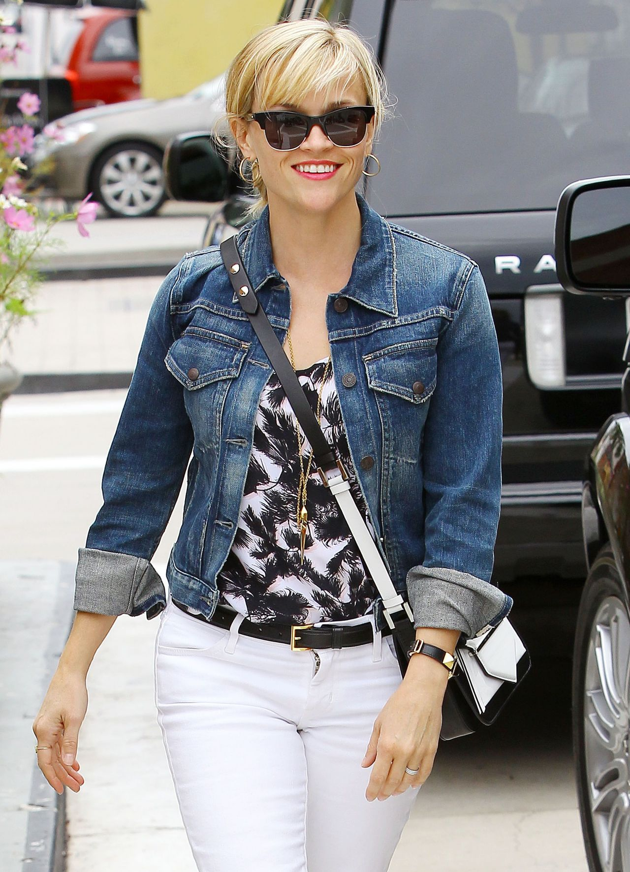 Reese Witherspoon Summer Style - Out in Beverly Hills, July 2014