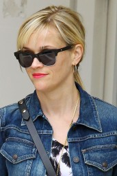 Reese Witherspoon Summer Style – Out in Beverly Hills, July 2014
