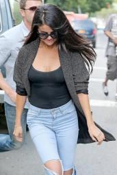Selena-Gomez-06