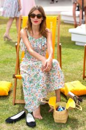 Alexa Chung - 2014 Veuve Clicquot Gold Cup at Cowdray Park Polo Club, Midhurst, England - Final