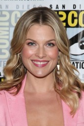 Ali Larter – TNT's 'Legends' Press Line at Comic-Con Int 2014 in San Diego