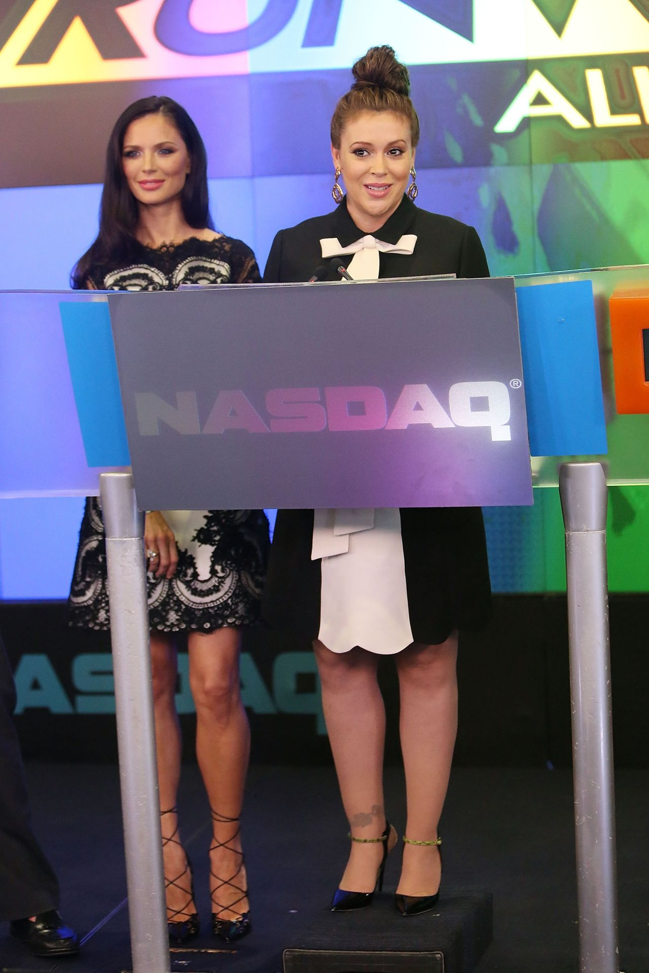 Alyssa Milano Rings the NASDAQ Closing Bell - July 2014