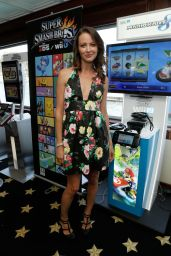 Amy Acker - Nintendo Lounge on the TV Guide Magazine Yacht at Comic-Con 2014 in San Diego
