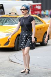 Anna Paquin Street Style - Out in New York City - July 2014