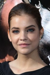 barbara-palvin-hercules-premiere-in-los-angeles_12