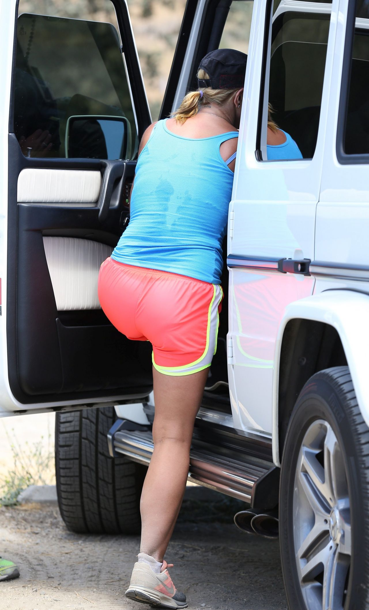 Britney Spears Hiking Candids Out In Calabasas July 2014