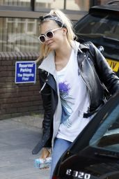 Cara Delevingne Street Style - Out in London - July 2014