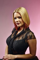Carrie Keagan - The Samsung Galaxy VIP Lounge at 2014 Comic-Con in San Diego