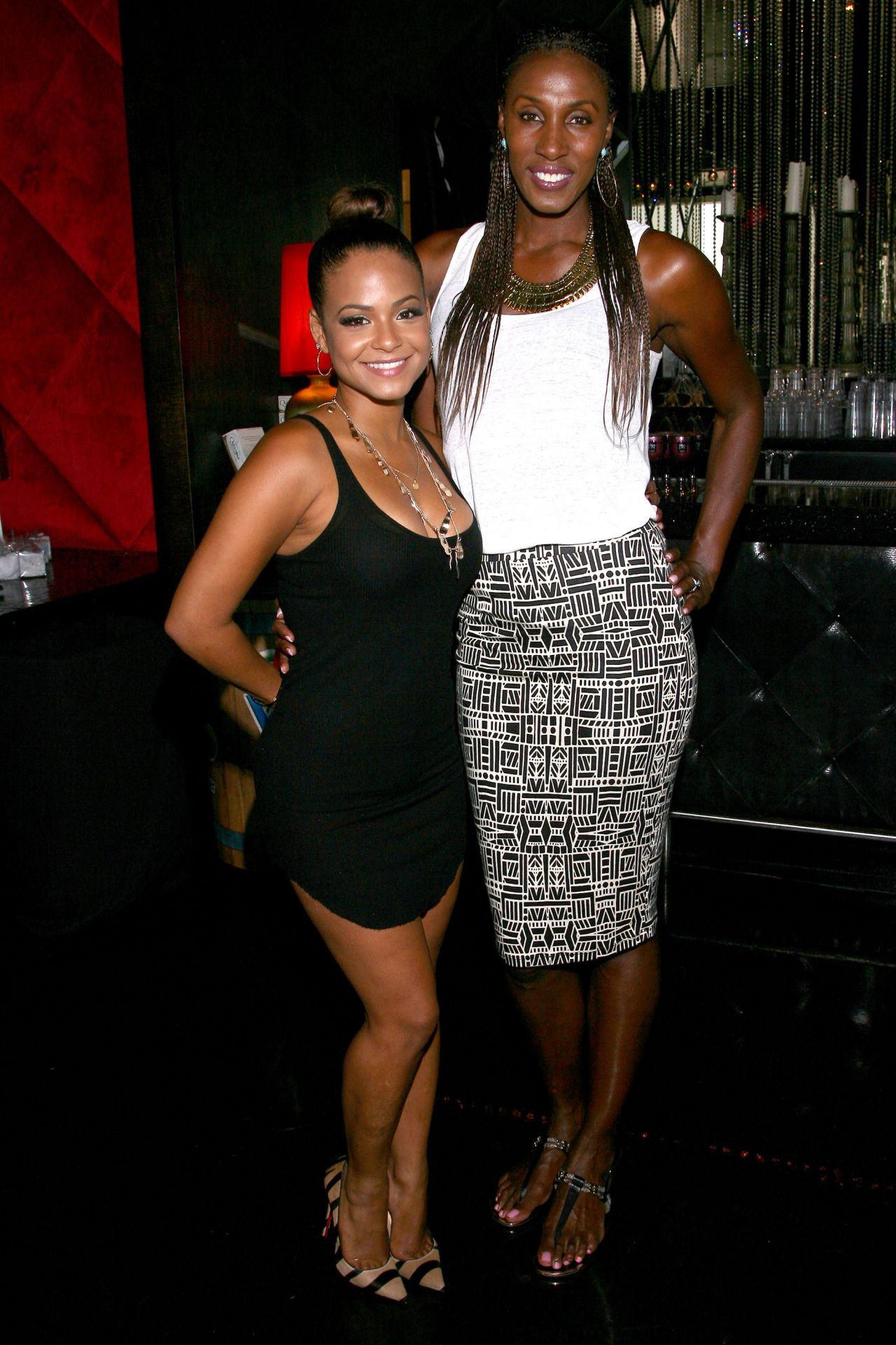 ¿Cuánto mide Lisa Leslie? - Real height Christina-milian-attends-the-gbk-luxury-sports-lounge-in-hollywood-july-2014_12