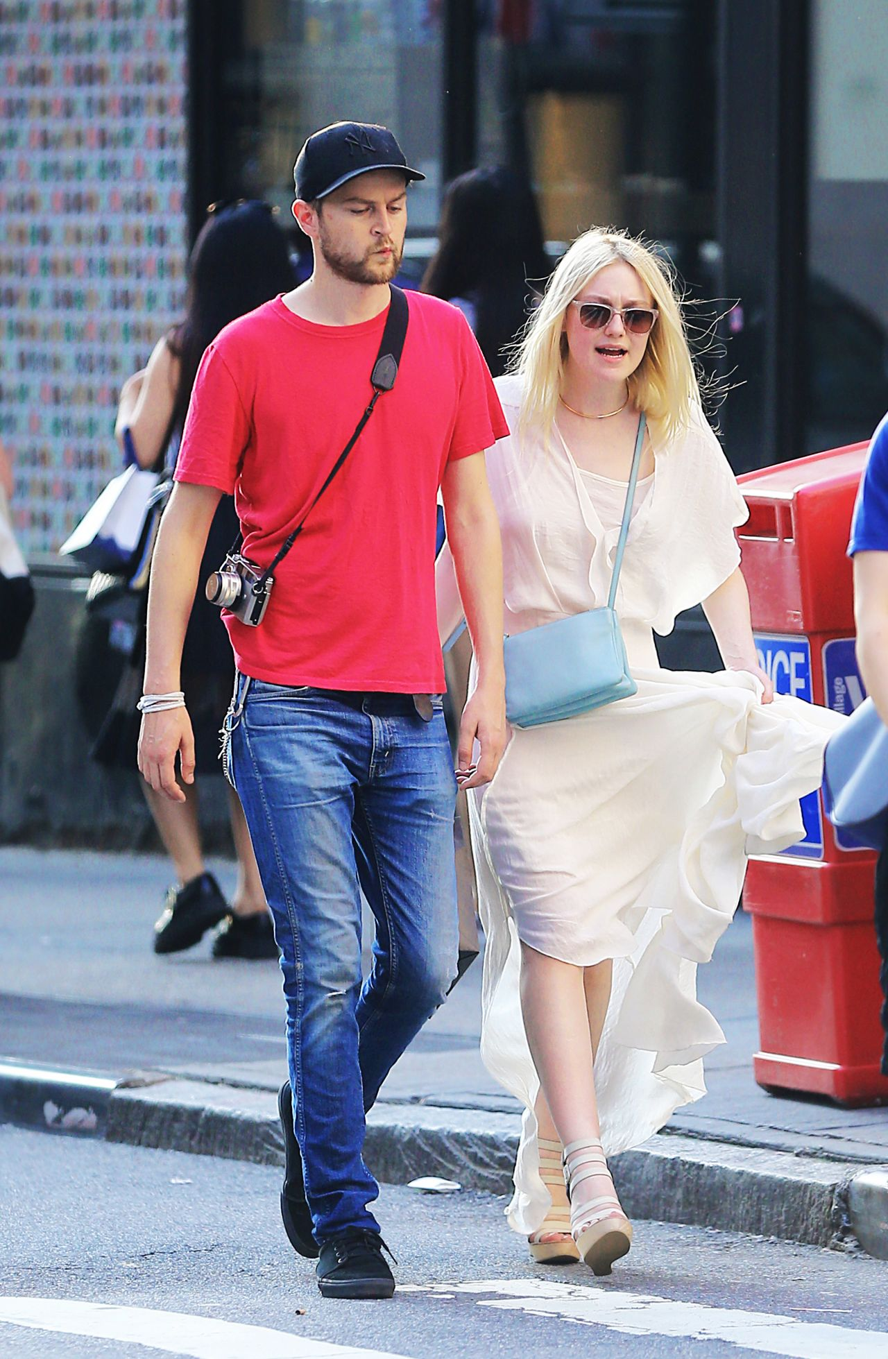Dakota Fanning and Her Boyfriend Out in NYC - July 2014 Dakota Fanning Boyfriend
