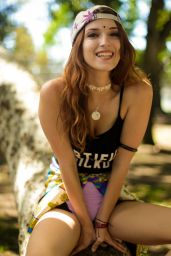 Dani Thorne Photoshoot for The Fabulous Stains - July 2014