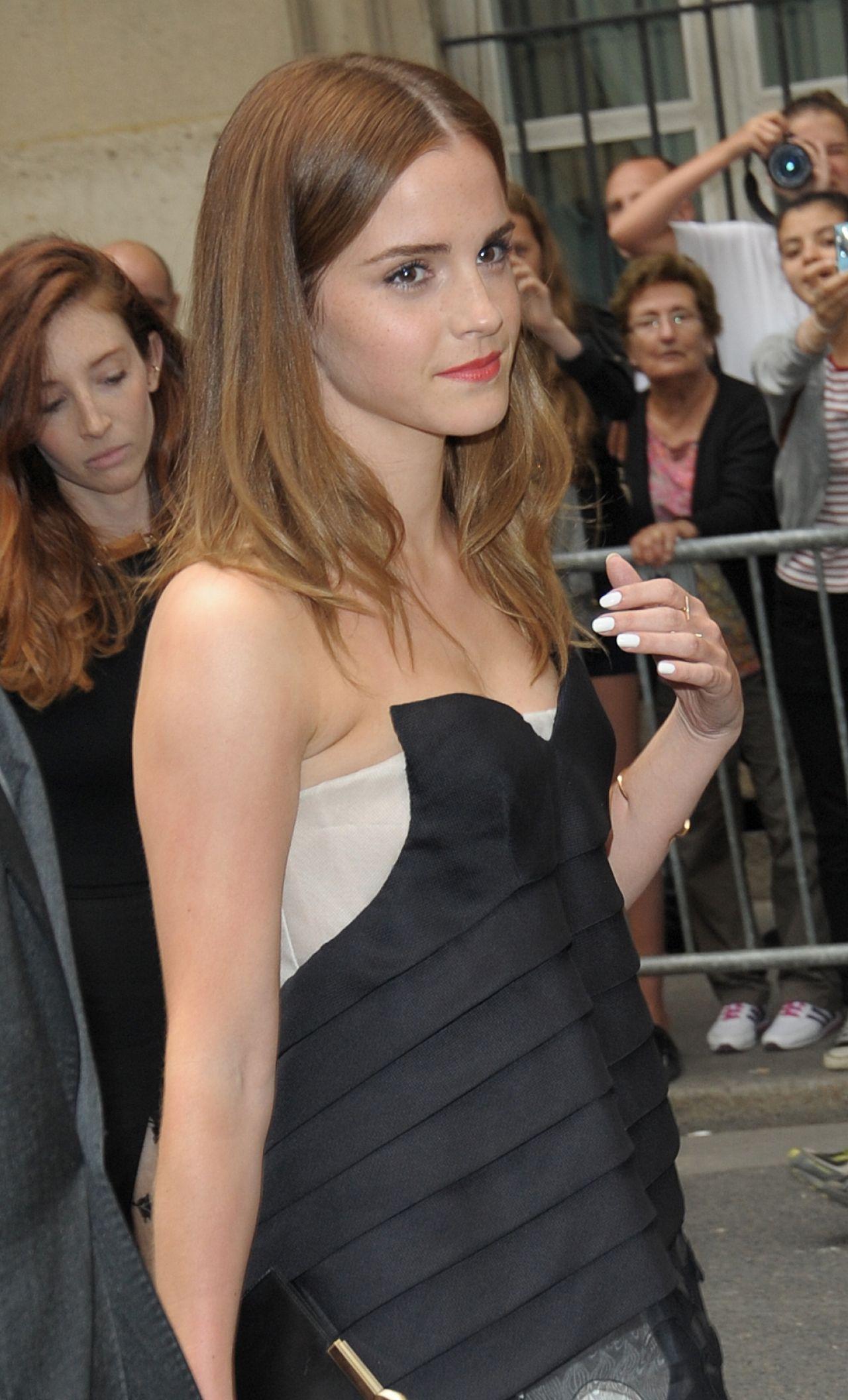 emma watson � christian dior fashion show during paris