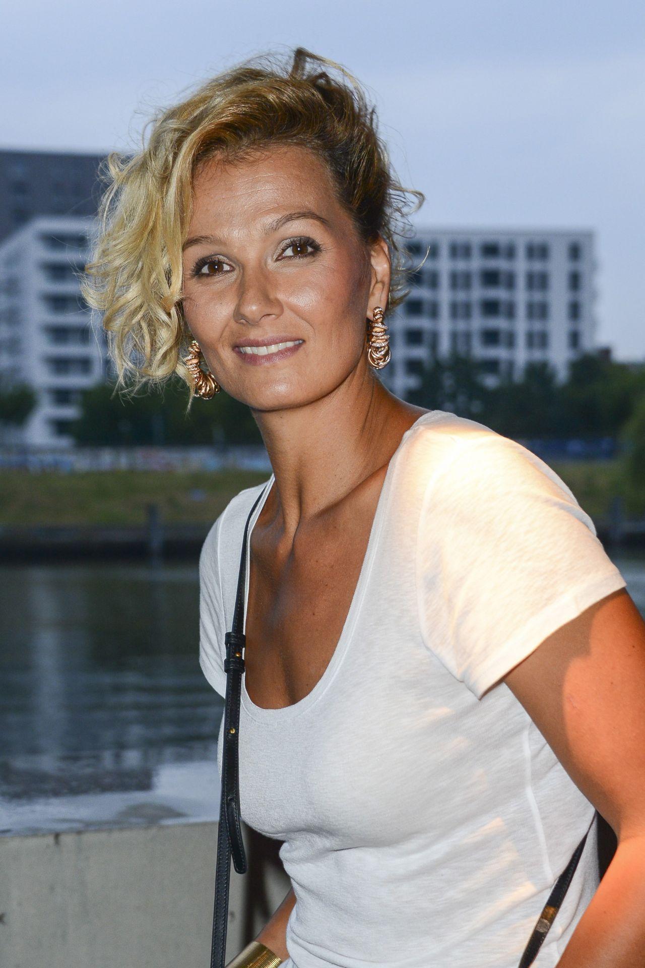 Franziska Van Almsiek