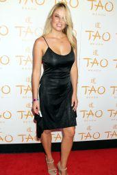 Genevieve Morton - Hosts At Tao Beach Venetian Hotel & Casino in Las Vegas - July 2014