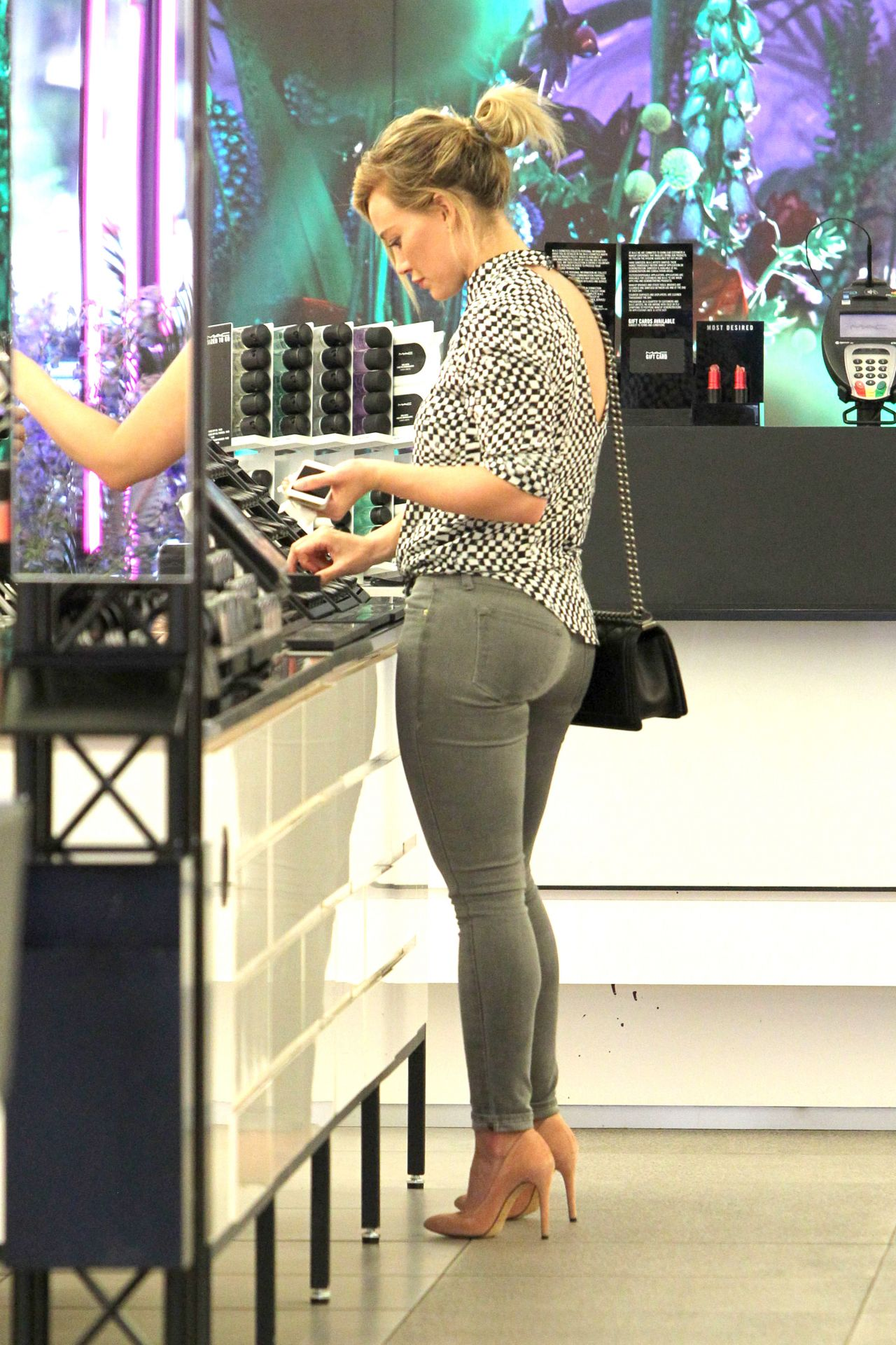 Hilary Duff in Jeans at MAC Cosmetics in West Hollywood ...