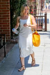 Hilary Duff Street Style - Out and About in Beverly Hills - June 2014