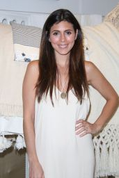 Jamie-Lynn Sigler Attends the Influencer Event at Club Monaco Southampton - June 2014