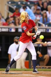 January Jones - All-Star Legends & Celebrity Softball Game - July 2014