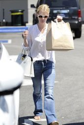 January Jones - Grocery Shopping at Whole Foods in Calabasas - July 2014