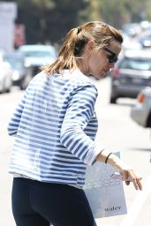 Jennifer Garner Booty in Tights - Out in Brentwood - July 2014