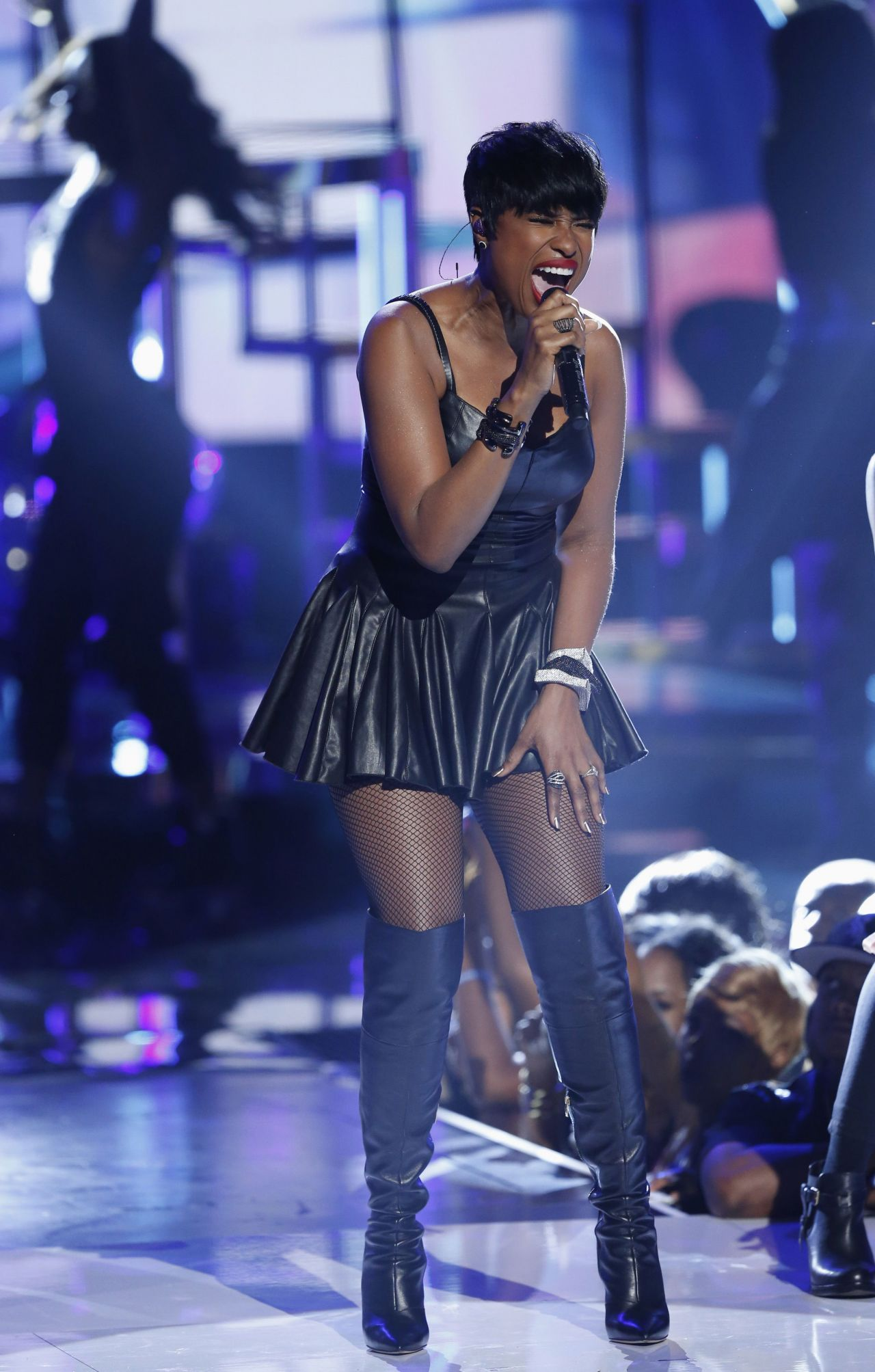 Jennifer Hudson Performs At 2014 Bet Awards