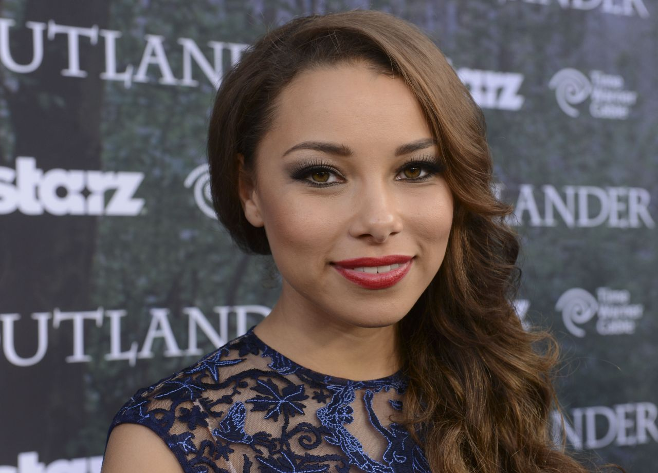 Jessica Parker Kennedy -