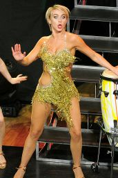 Julianne Hough Performs at