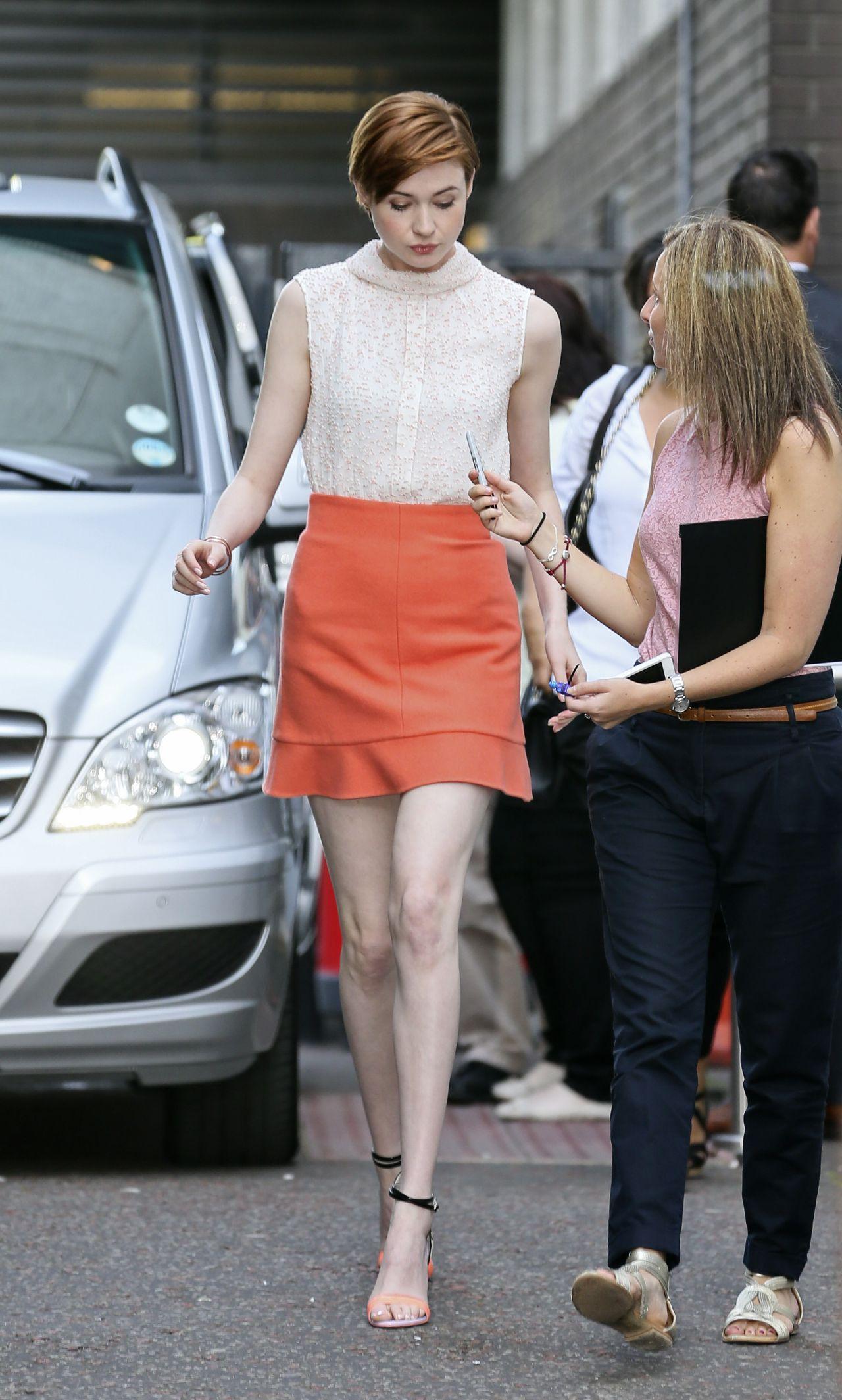 Karen Gillan Shows Off Her Legs Leaving Itv Studios In