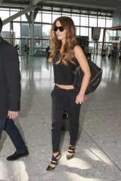 Kate Beckinsale CAsual Style - at Heathrow Airport in London - July 2014