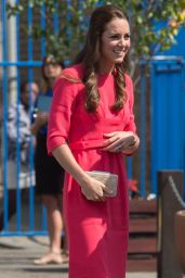 Kate Middleton Visits an M-PACT Plus Counselling Programme in London - July 2014