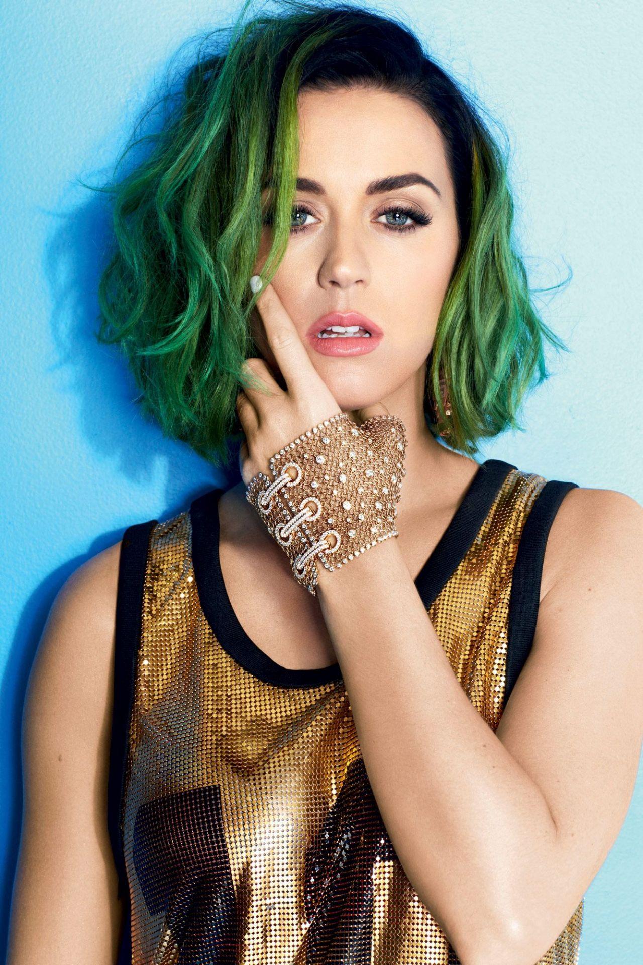 Katy Perry – Cosmopo... Katy Perry