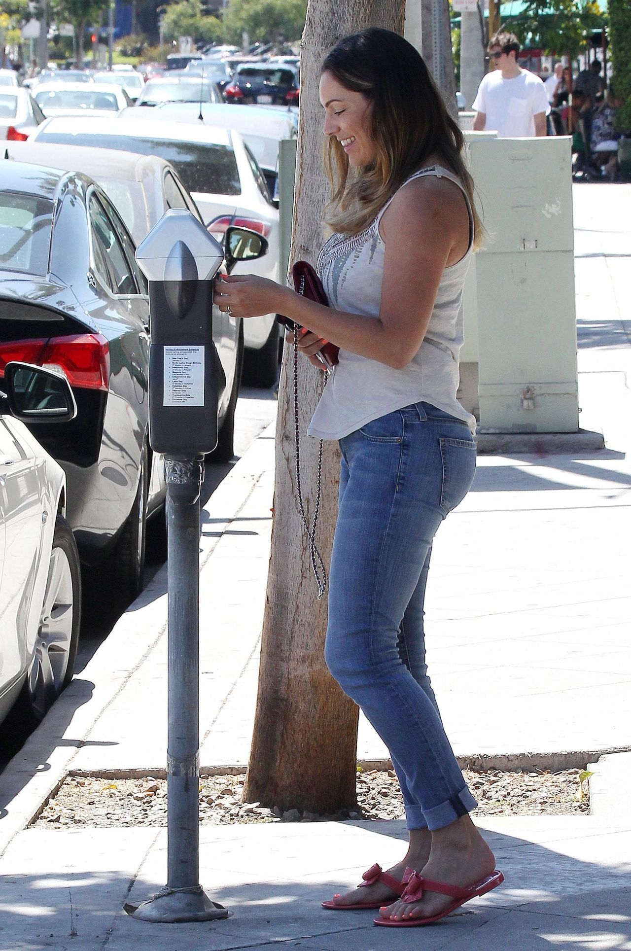 Kelly Brook Street Style Booty In Jeans Los Angeles