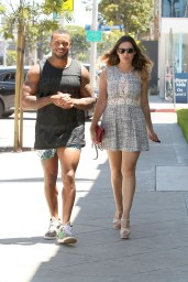 Kelly Brook With Boyfriend Running Errands in Los Angeles – July 2014