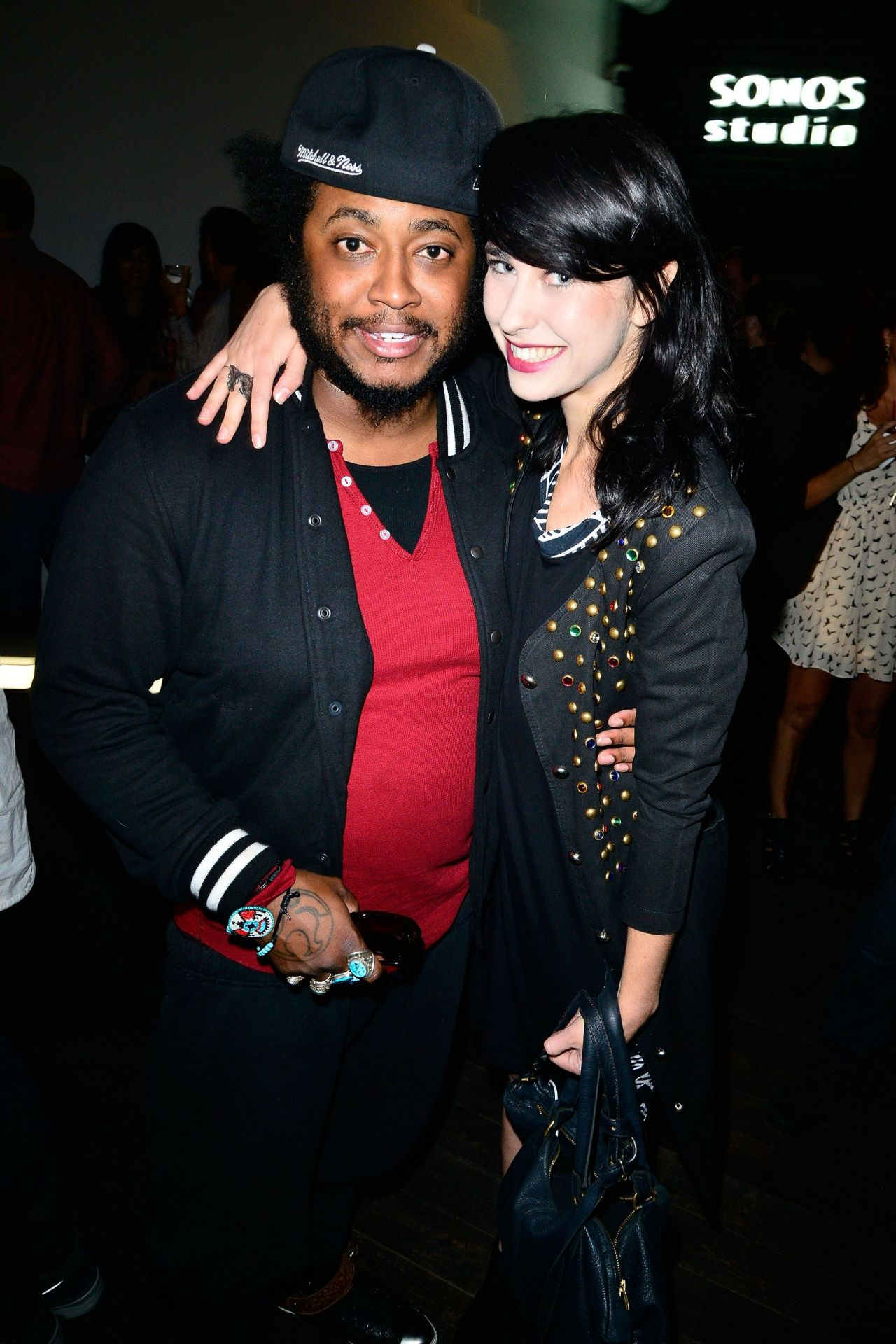Kimbra Night Out Style - 'Algo-Rhythms' Exhibition Opening ...