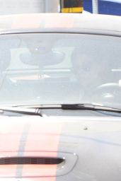 Kristen Stewart Drives a Black Mini Cooper to the Gym in West Hollywood - July 2014