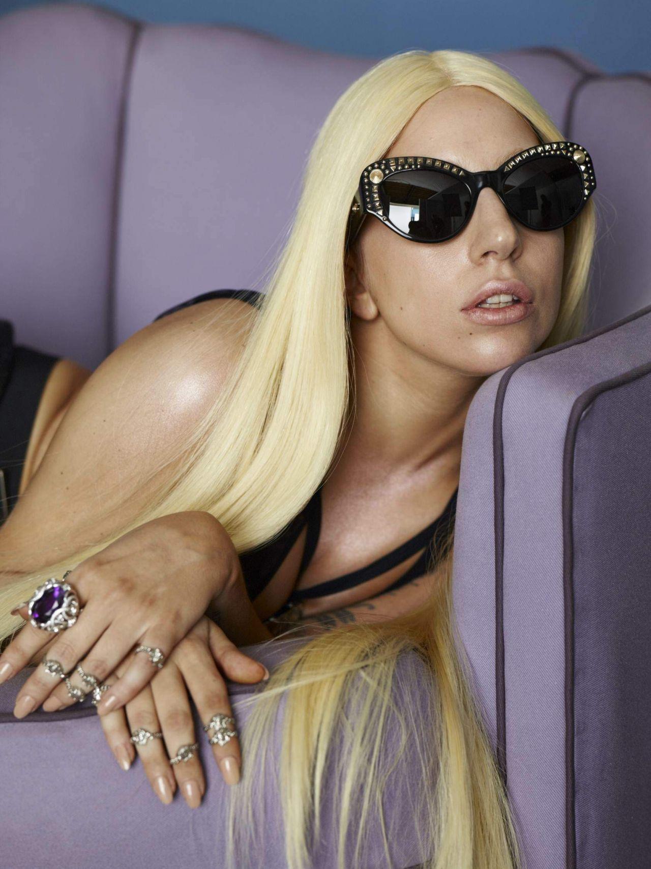 Lady Gaga - Photoshoot...