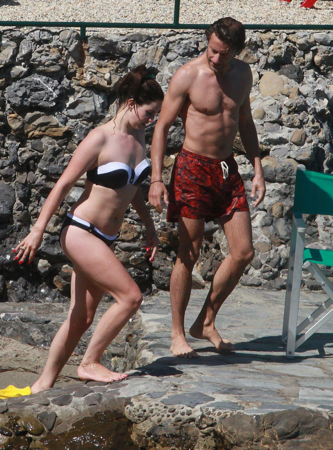 Lana Del Rey Bikini Candids On Vacation In Italy July 2014
