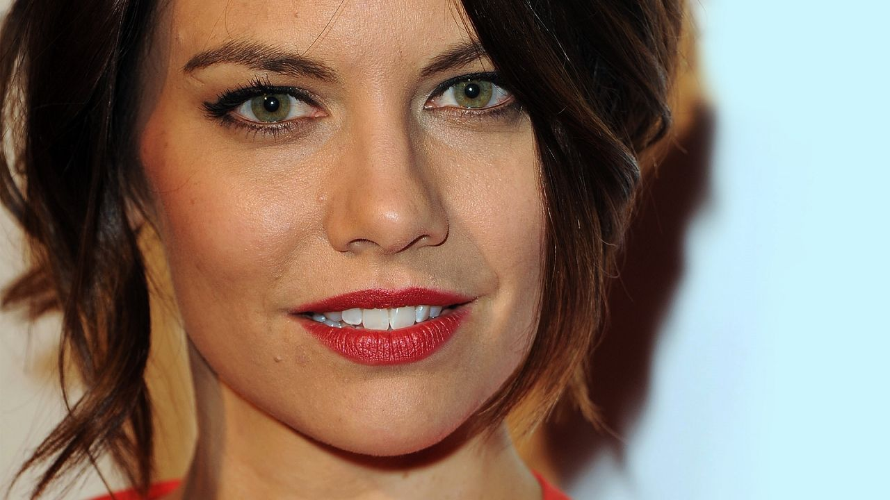 Lauren Cohan Wallpapers (+8) Dakota Fanning Worth