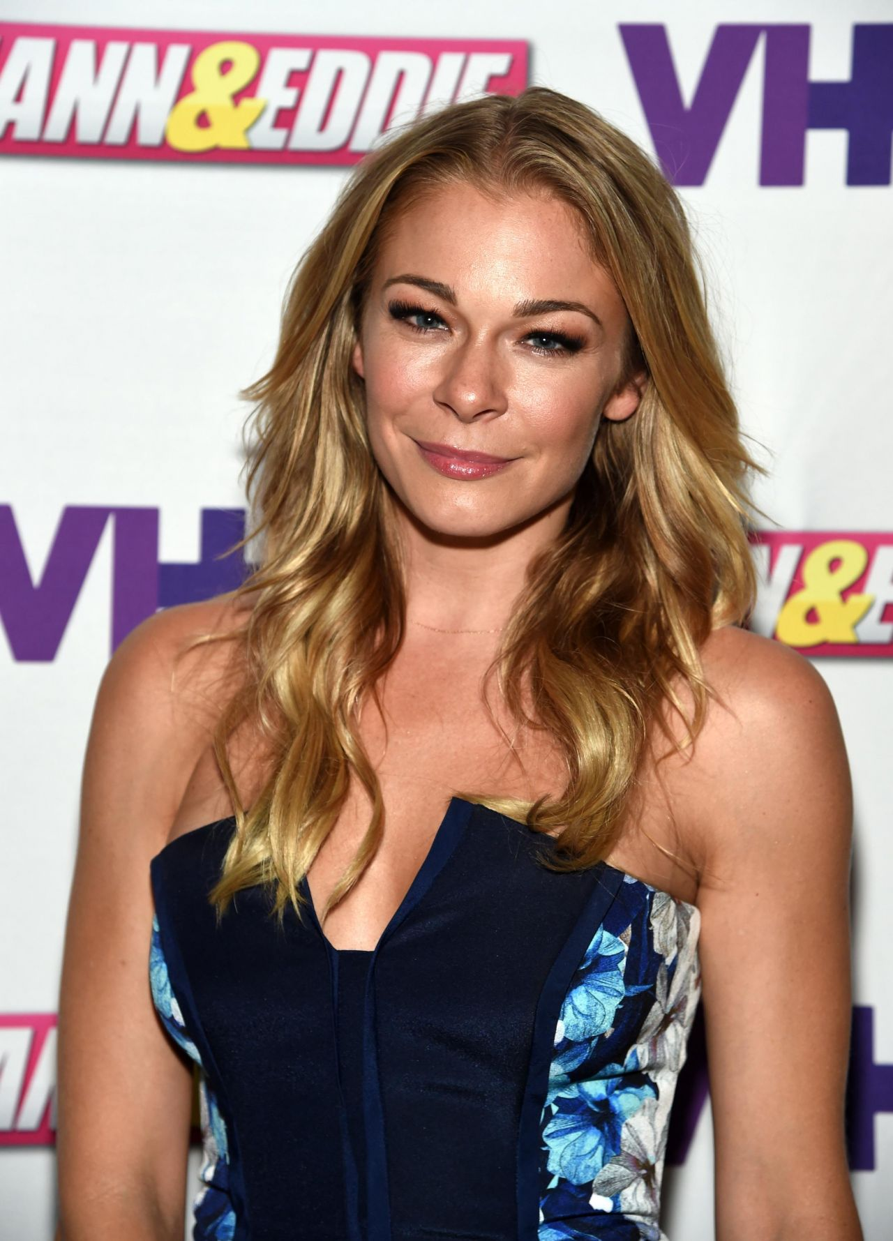 LeAnn Rimes - LeAnn & Eddie Screening Party in New York City - July 2014