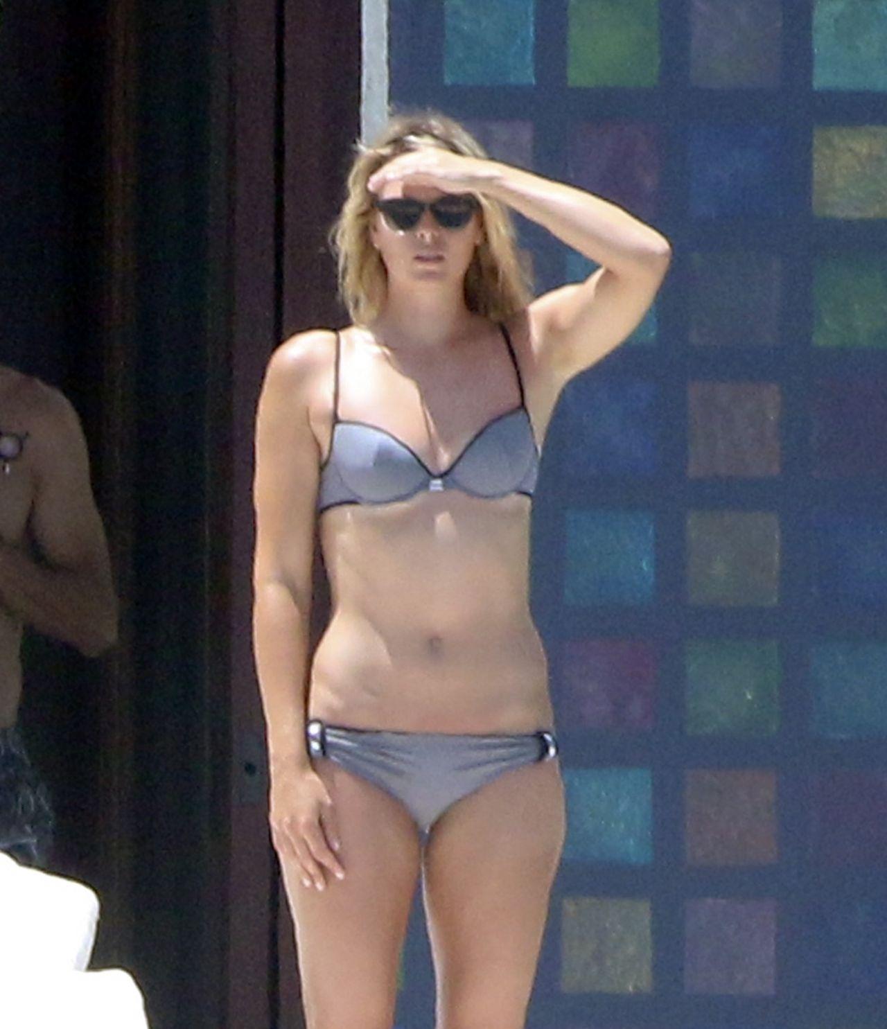 Maria Sharapova Shows Off Bikini Body On Vacation With