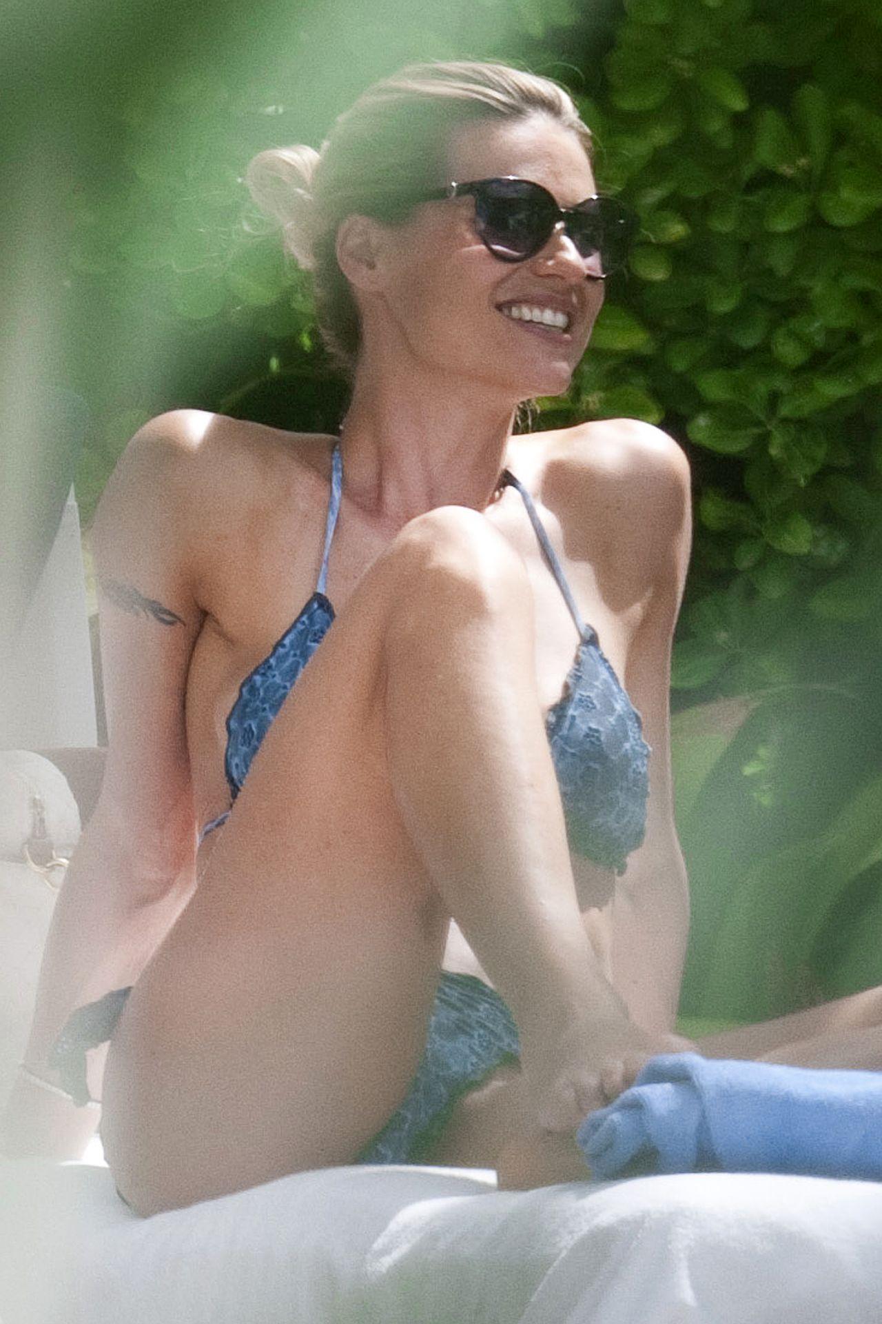 Michelle Hunziker Bikini Candids -  Poolside in Forte dei Marmi - July 2014